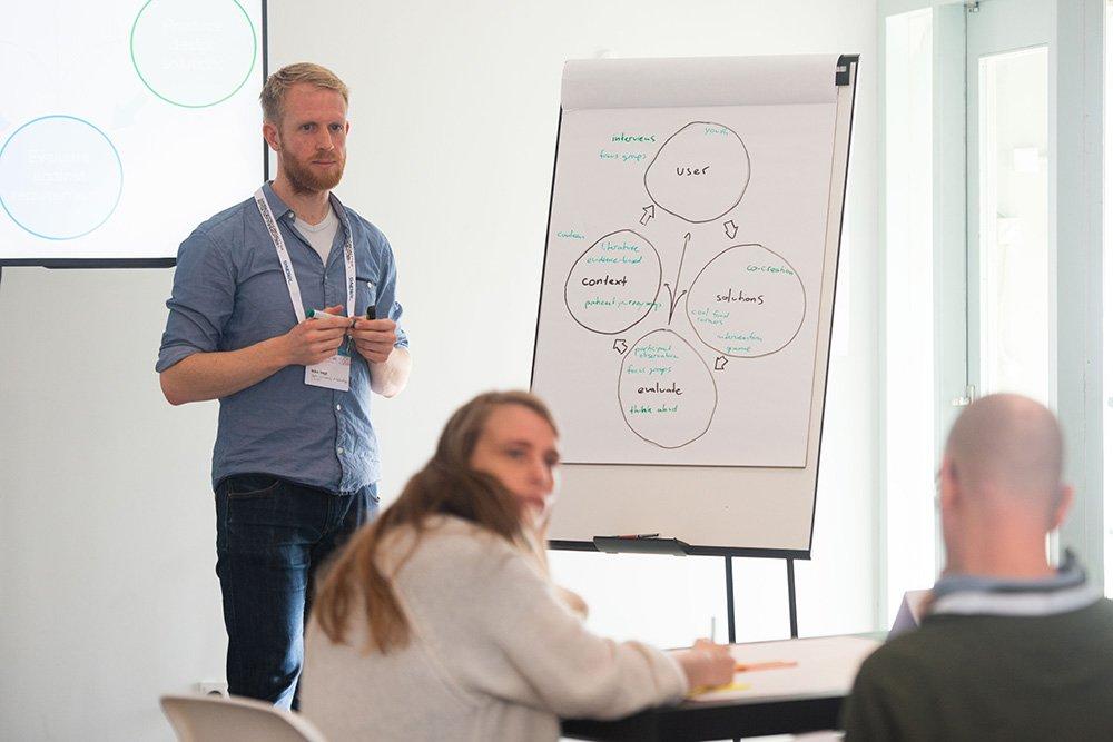 Workshop_Involving_Target_Group-5